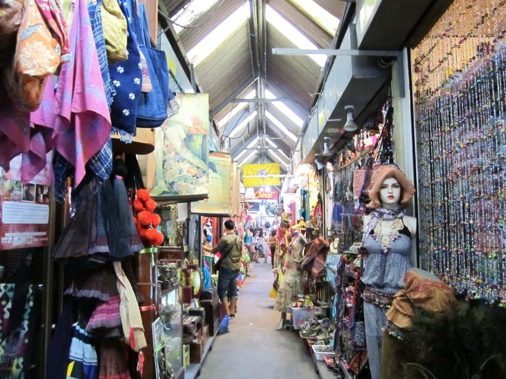Chatuchak Market: Bangkoks Weekend Market : Adventurous Kate