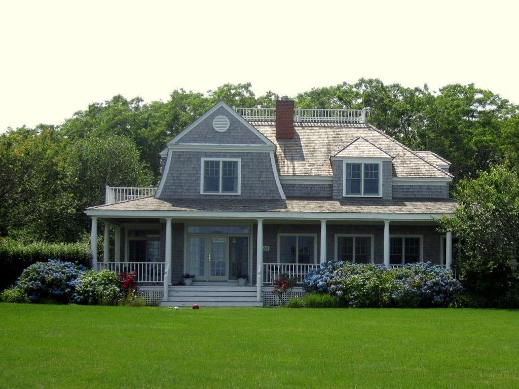 Photo Essay: Cape Cod Houses