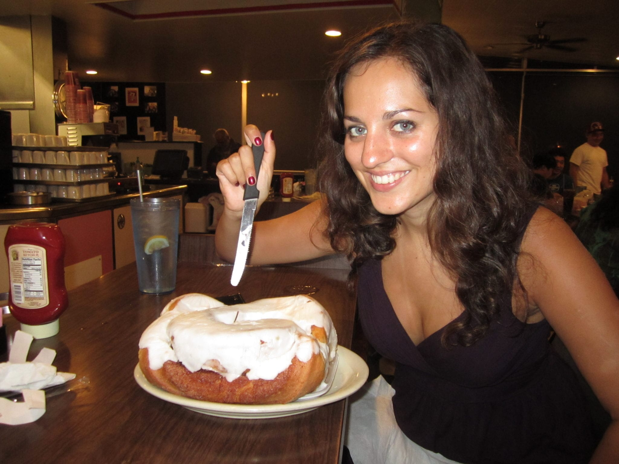 Kate and the Cinnamon Roll