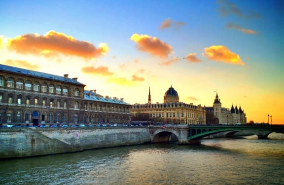 Vivid Paris Sunset