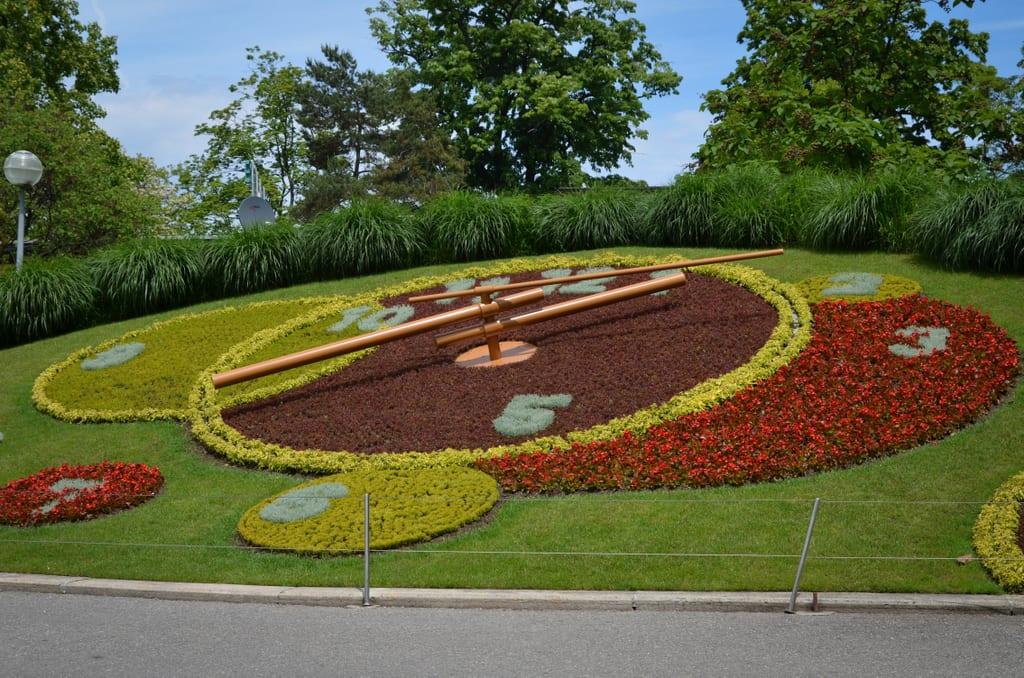 L'Horloge Fleurie (Flower Clock)