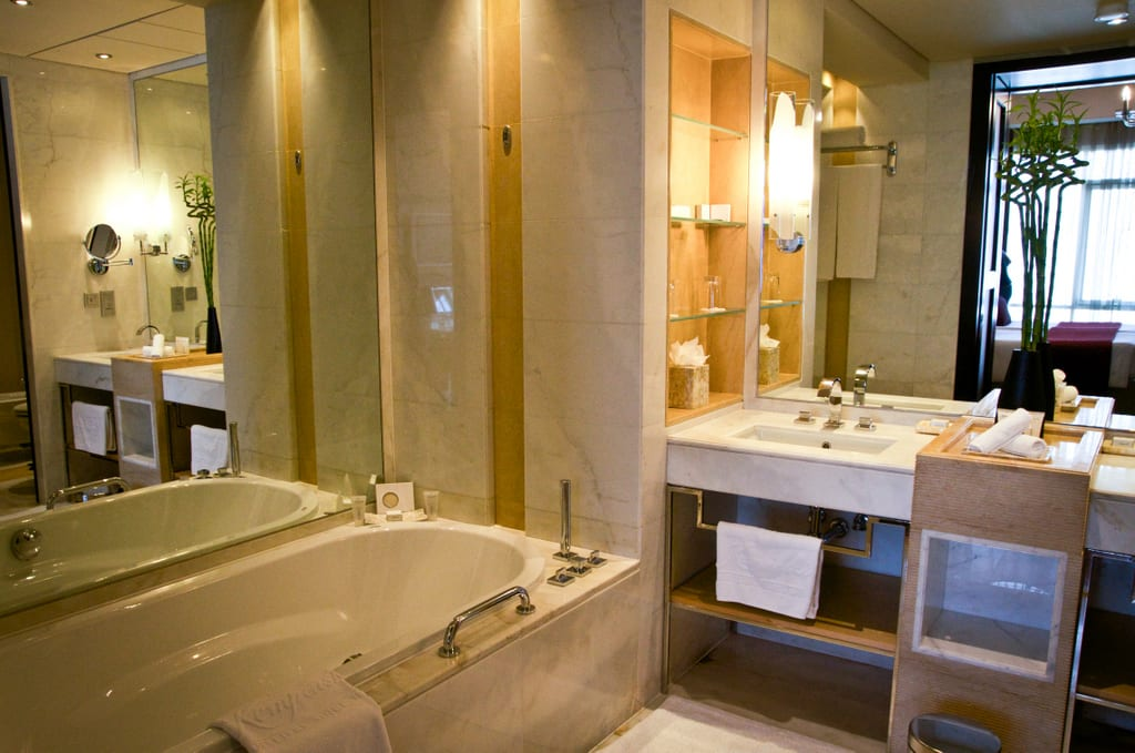 Kempinski Mall of the Emirates Bathroom