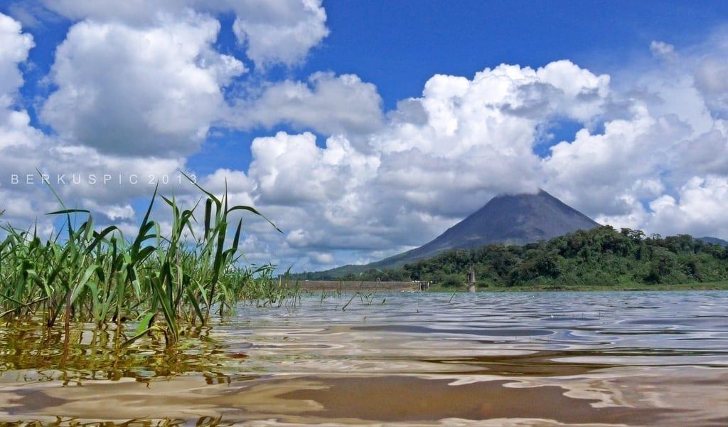 lake and colossus