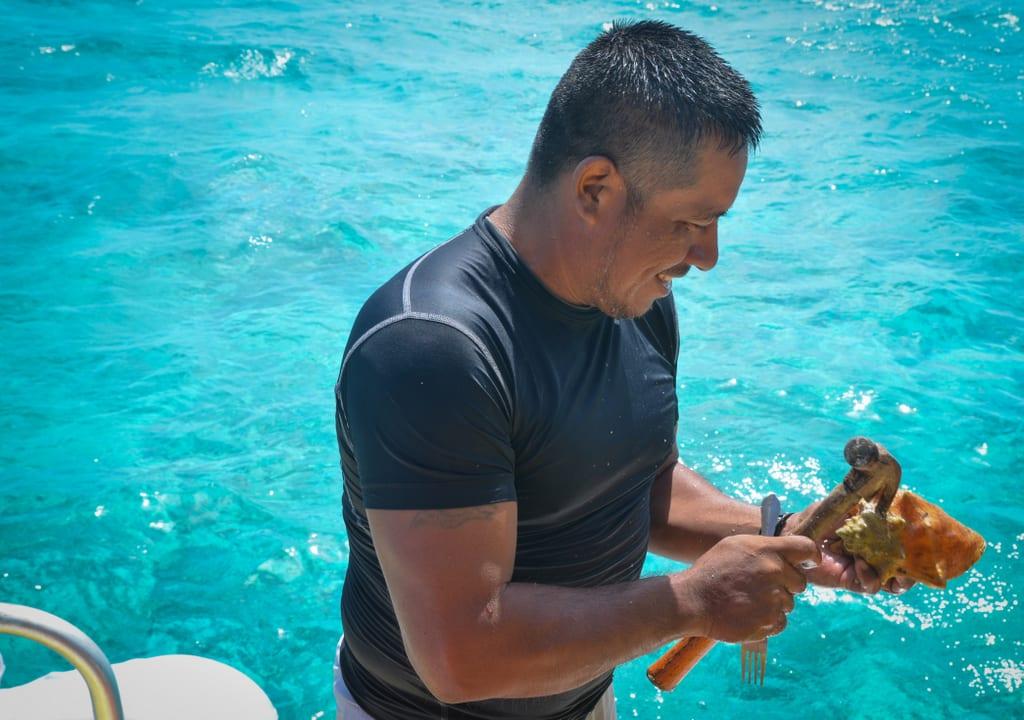 Ellio Sailing Belize