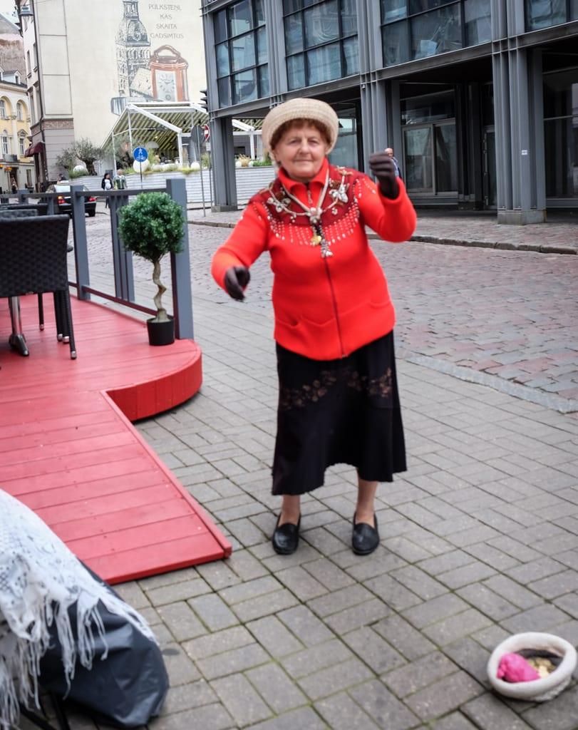 Riga Street Performer