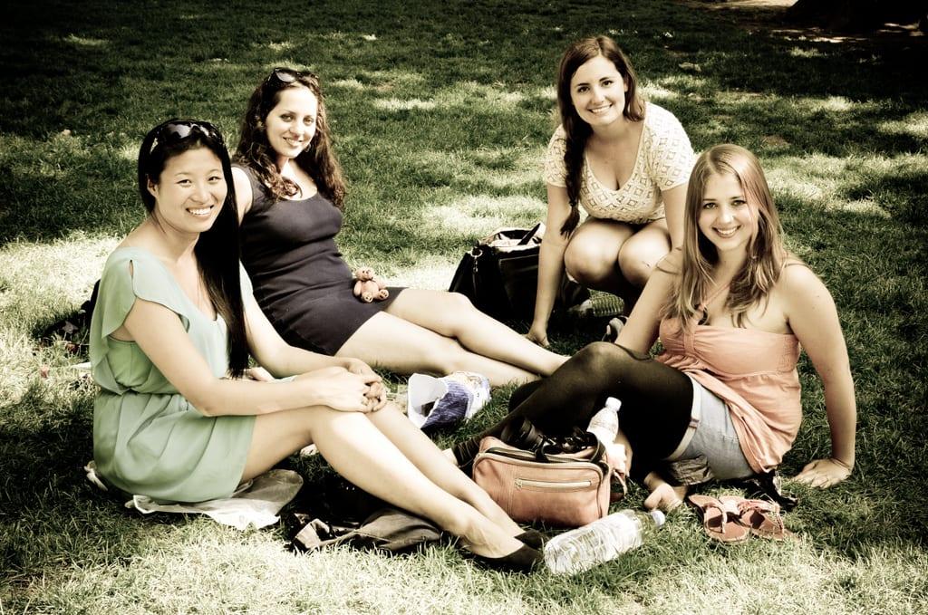 Edna, Kate, Ashley, and Julika in Paris Picnic