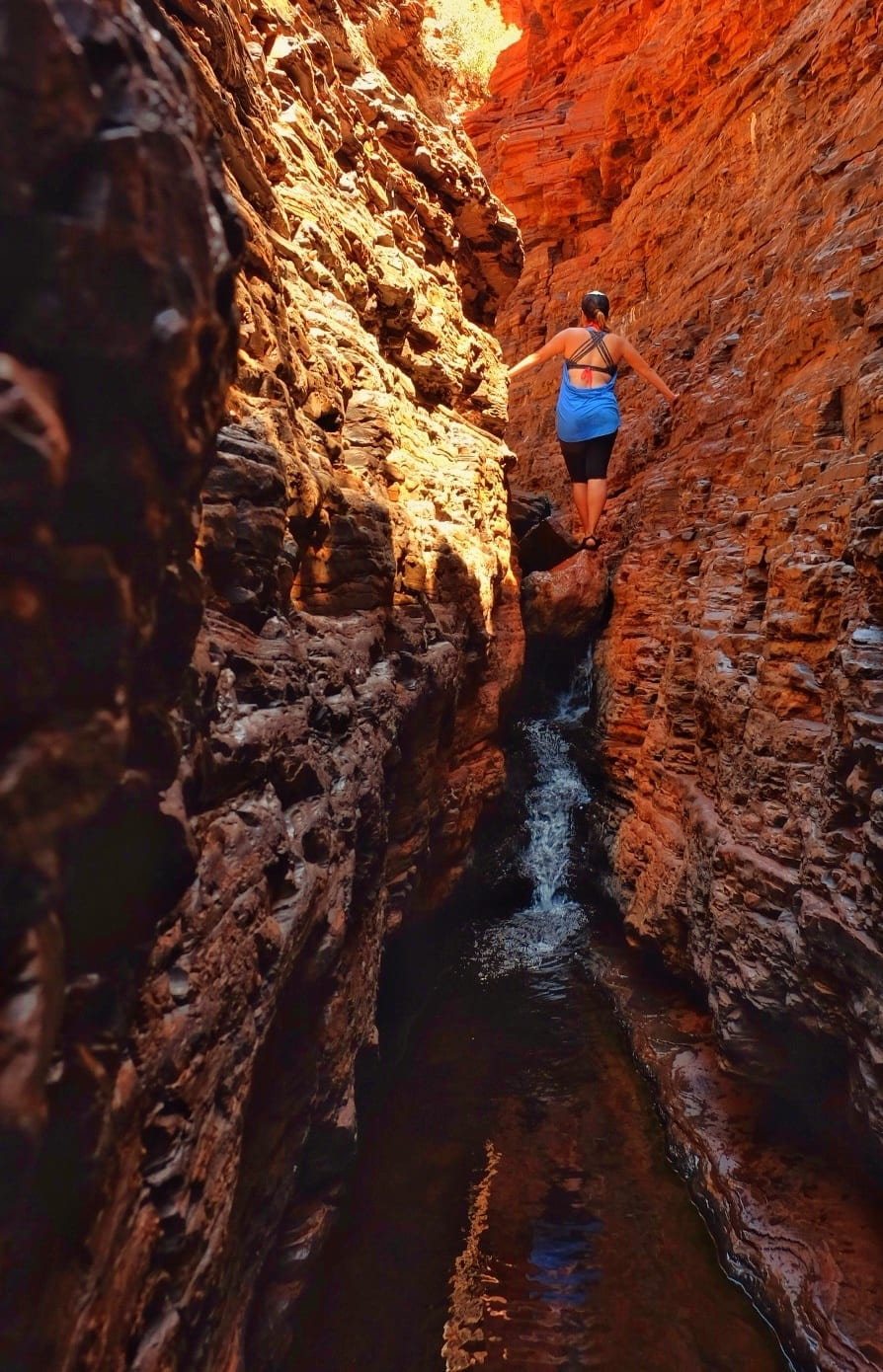 Kate in Karijini NP