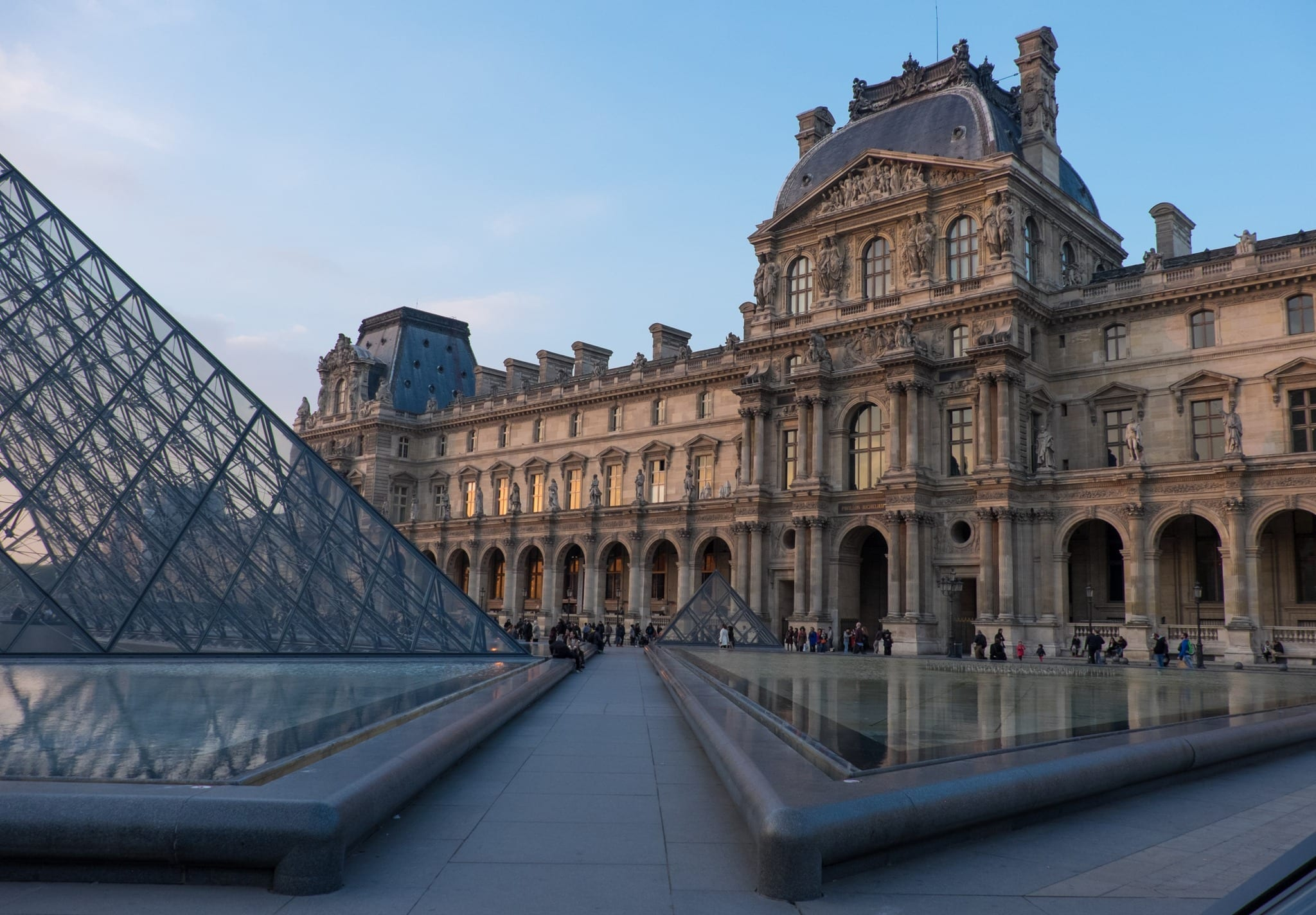 how to travel from london to paris